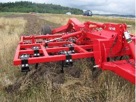 Cultivadores Triple-Tiller 4 m abatible suspendido HE-VA