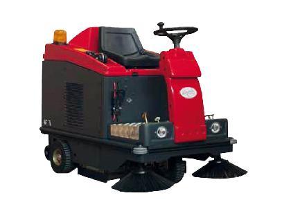 """Barredoras con conductor MATOR BARREDORA hombre a bordo tracción batería o motor, 920mm, depósito de residuos 62L"""""""