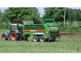 > TSW 2120 T - ESPARCIDOR HORIZONTAL DE ESTIERCOL - Eje tandem 12 Tons.  Bergmann