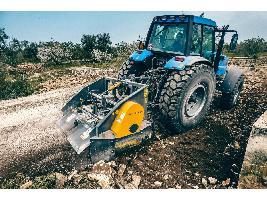 Trituradora de Piedras FTS 200.02 AgriWorld AgriWorld