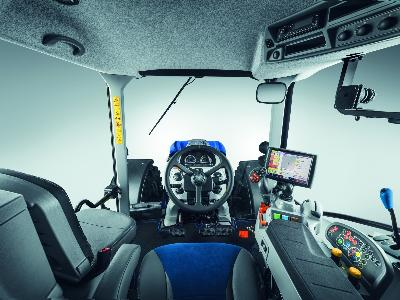 Nueva gama T5 Auto Command™ de New Holland Agriculture - 2