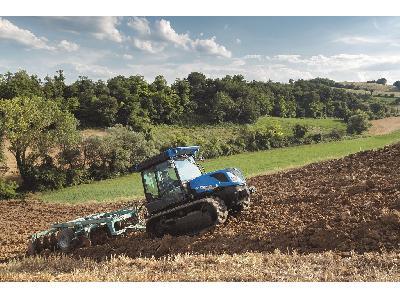 New Holland actualiza y amplía su oferta líder en el sector de tractores Especiales - 4