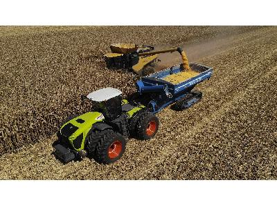 NEW WORLD CORN RECORDS WITH CLAAS - 2