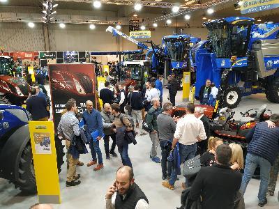 New Holland certifica su liderazgo en el segmento de Tractores Especiales y Vendimiadoras en Tecnovid 2019 - 1