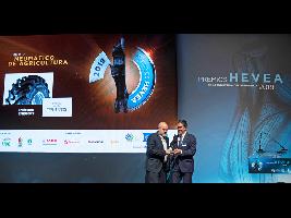 """Trelleborg TM1000 Progressive Traction® ganador del premio como """"Mejor Neumático de Agricultura"""" 2019"""