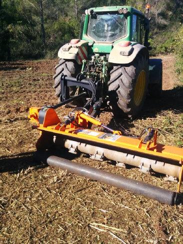 Maquinaria agricola fernandez TRD MAX - 2