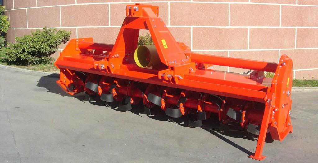 Rotor doble plato > RG de 230 a 305 cm para tractores de 90 a 160 HP