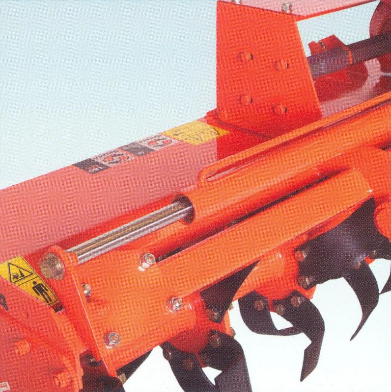 Foto 4 SD 130 a 205 > Desplazamiento mecánico - para tractores de 30 a 65 HP