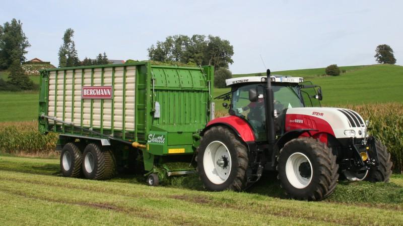 > SHUTTLE 900 K - 79,2 m³ - Pick-up 2,27 m. - eje tandem 23 Tons. - freno hidráulico