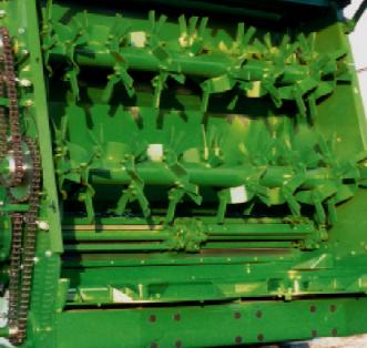 Foto 2 > TSW 2120 T - ESPARCIDOR HORIZONTAL DE ESTIERCOL - Eje tandem 12 Tons.