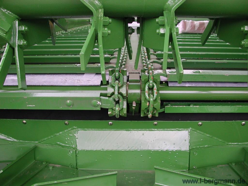 Foto 4 > TSW 6240 S - ESPARCIDOR HORIZONTAL DE ESTIERCOL - Eje tandem 24 Tons.