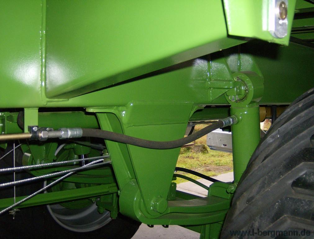 Foto 5 > TSW 6240 S - ESPARCIDOR HORIZONTAL DE ESTIERCOL - Eje tandem 24 Tons.