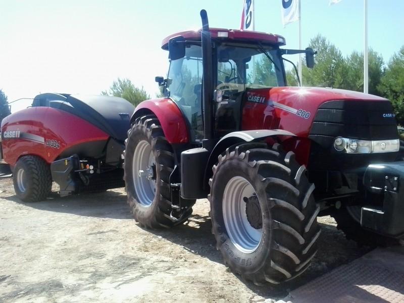 Case IH Tractor Agrícola - 2