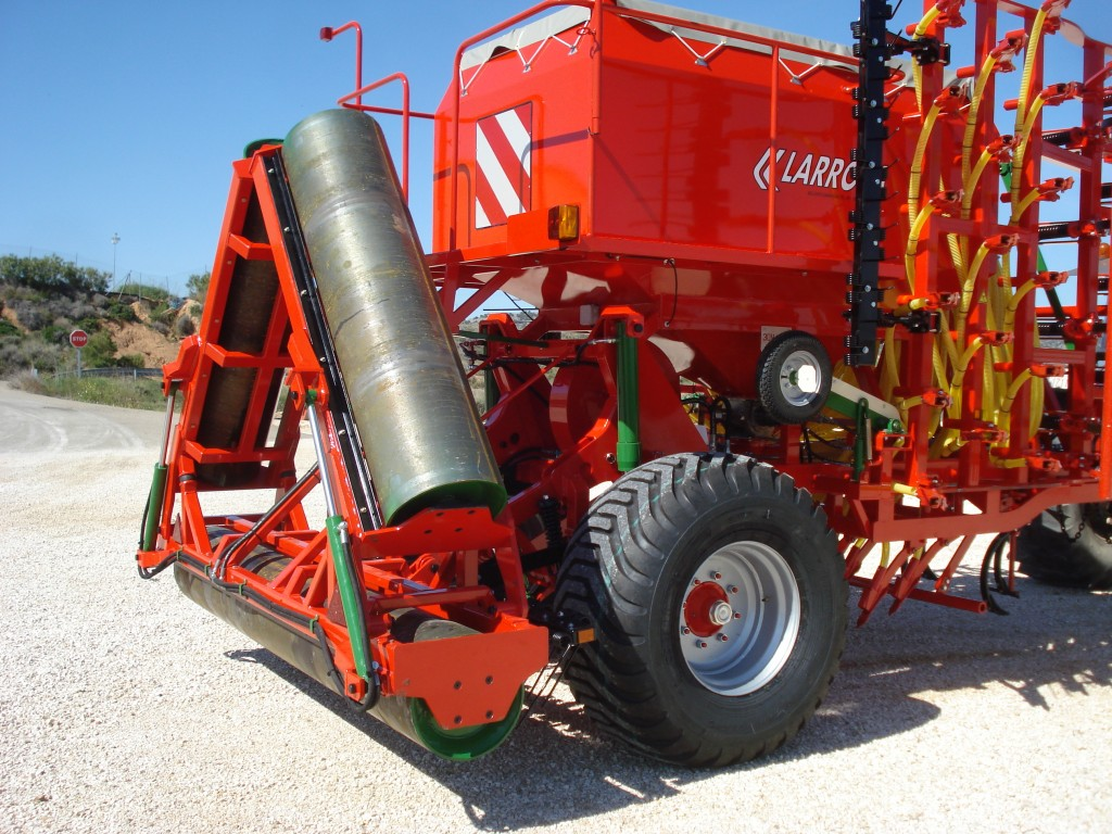Larrosa Sembradoras neumáticas con rulo para cereales - 7