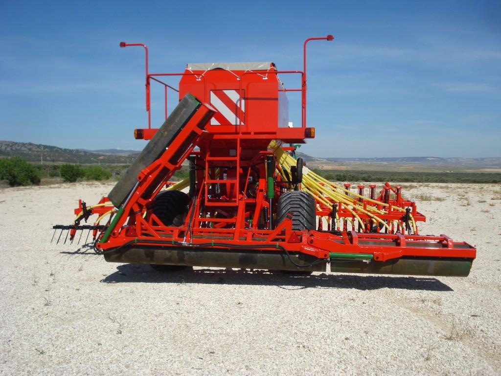 Larrosa Sembradoras neumáticas con rulo para cereales - 3
