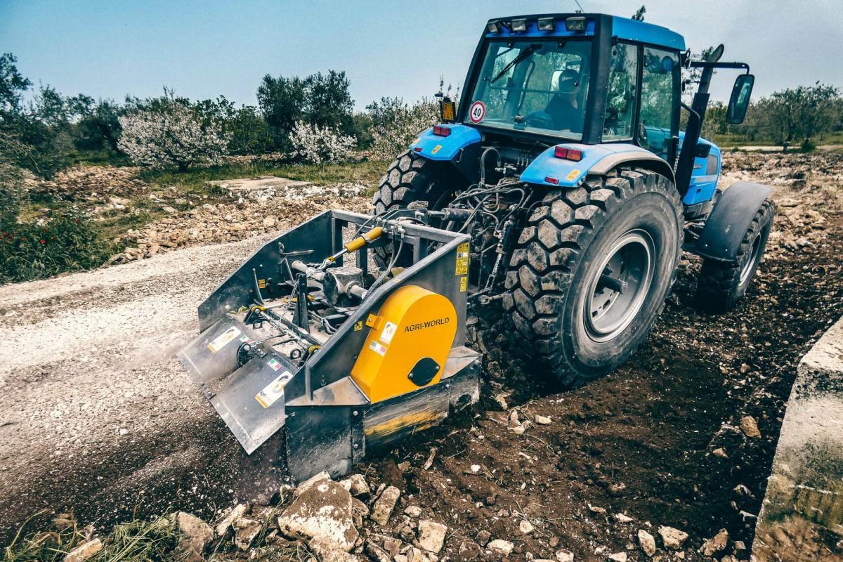 Trituradora de Piedras FTS 200.02 AgriWorld