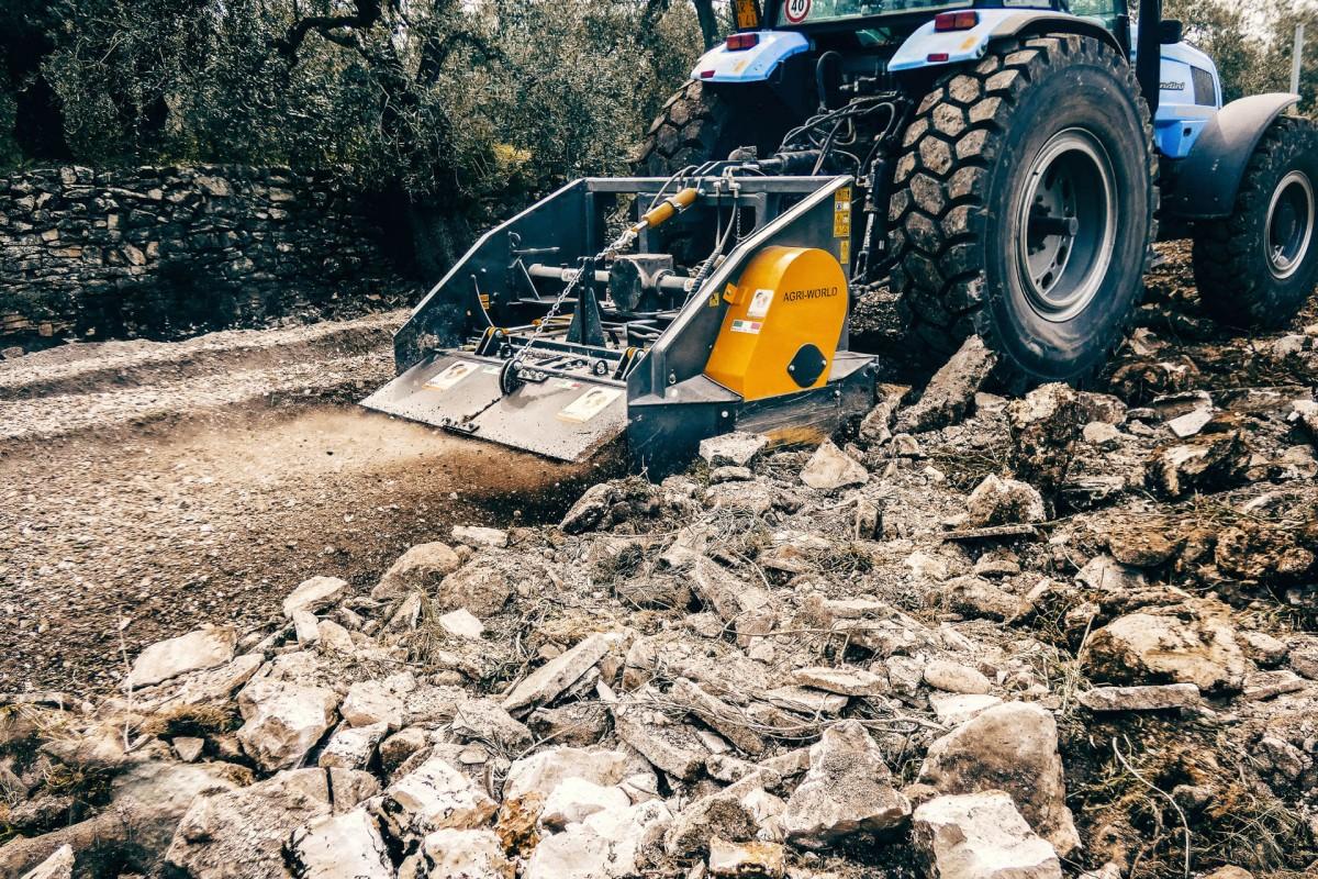 Trituradora de piedras FTS 160.02 AgriWorld