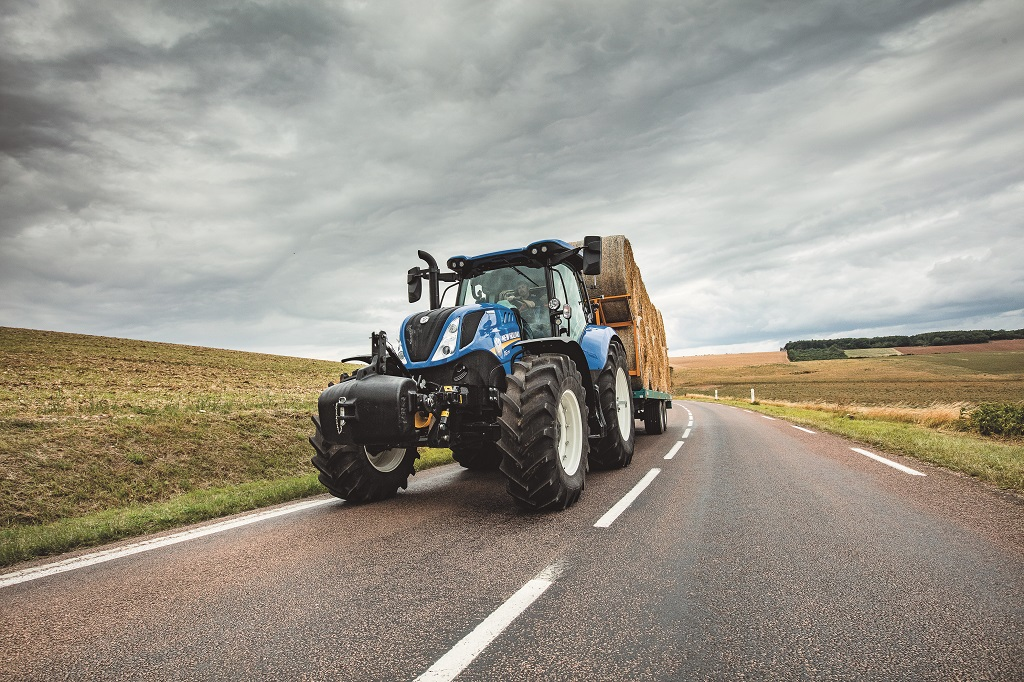 El sistema de freno inteligente de remolque de New Holland ofrece la mejor seguridad y estabilidad de su clase en los tractores T7 y T6 AutoCommand