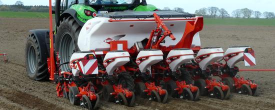 Kuhn presenta en Agraria Valladolid su nueva sembradora monograno de precisión Maxima 3 - 0