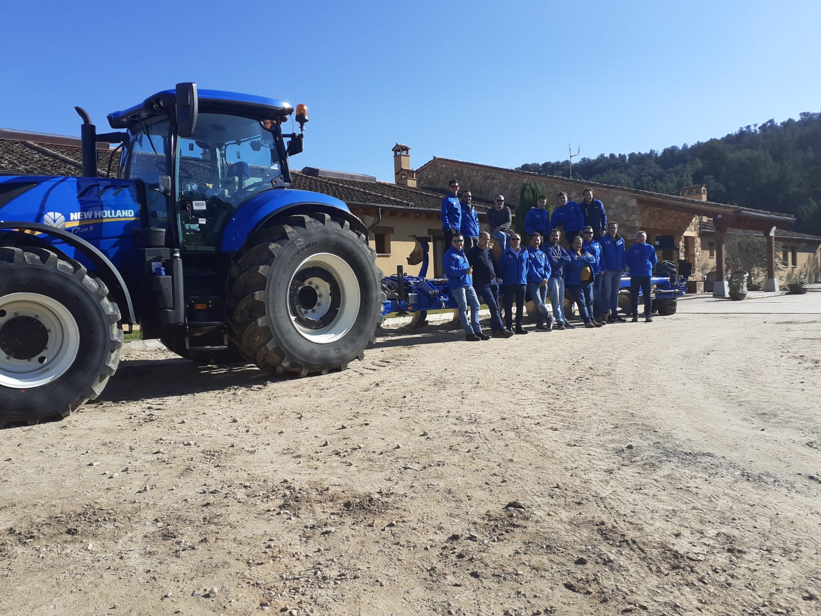 AGRICOLA BELLPAS EN LA JORNADA DE FORMACIÓN DE NEW HOLLAND