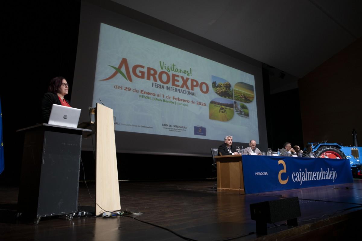 Agroexpo aborda el futuro del campo extremeño ante los retos de la nueva Política Agraria Comunitaria - 0
