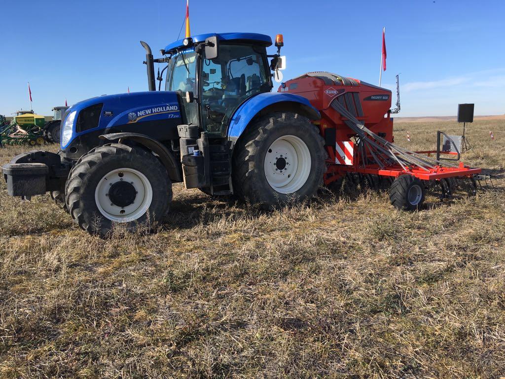 El Gobierno convoca las subvenciones destinadas a financiar avales por 3 millones de euros para la compra de maquinaria agrícola - 0