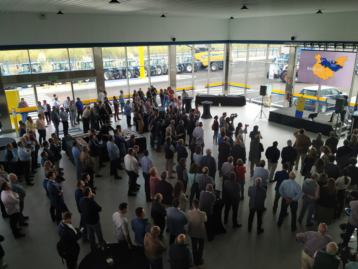 Inauguración nuevas instalaciones de Agrivisa en Villanueva de la Serena (Badajoz) - 4