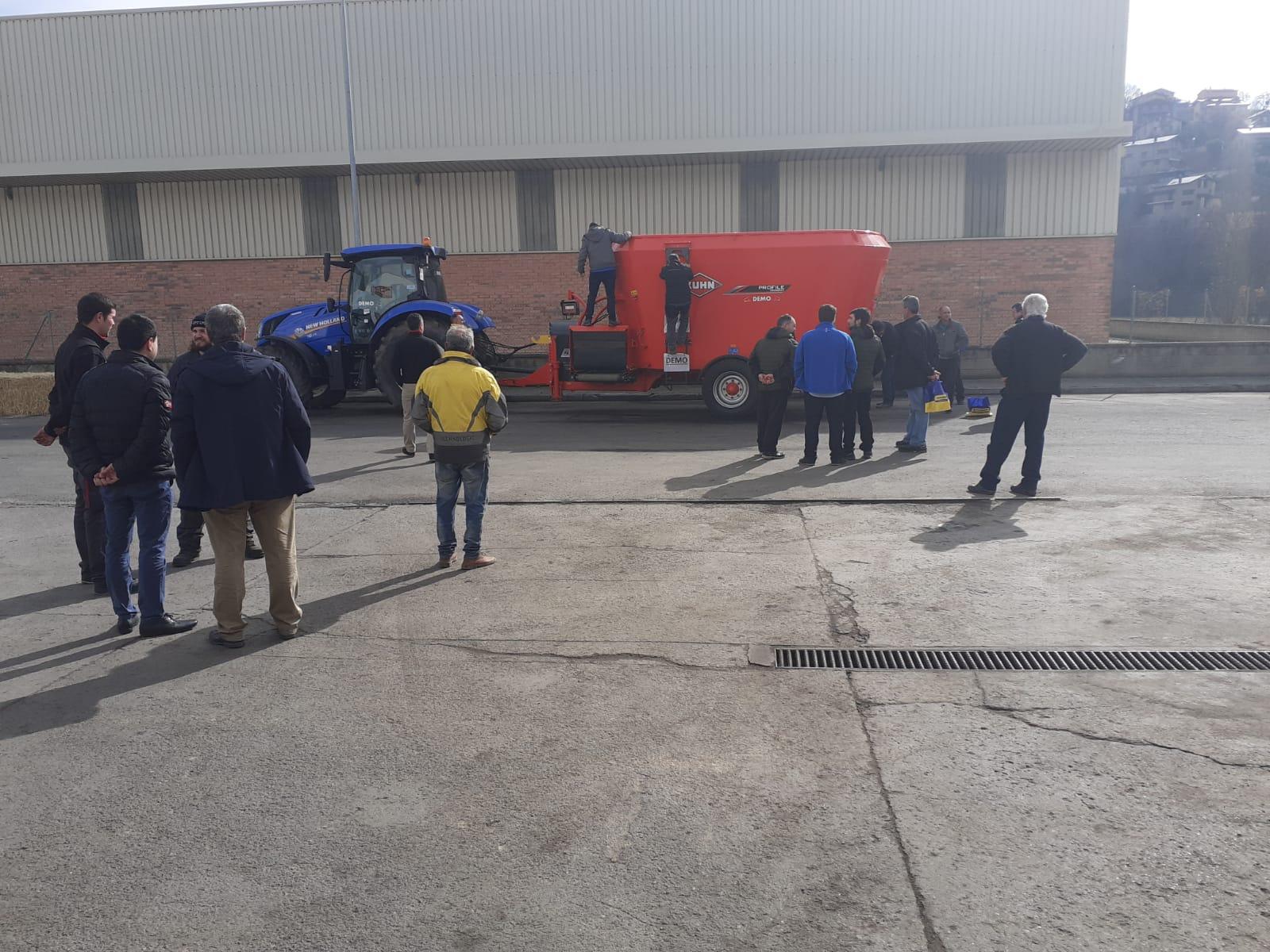 Jornada Agricola NewHolland- Kuhn Motor Tarrega
