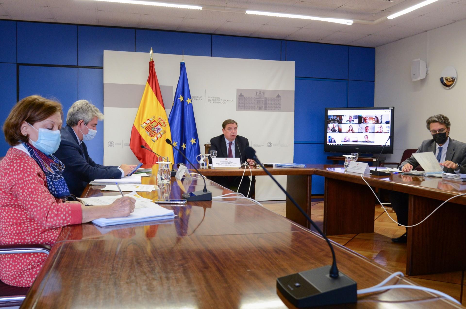 Luis Planas se compromete con la compensación de los daños agrícolas y ganaderos, así como con la recuperación del sector - 1