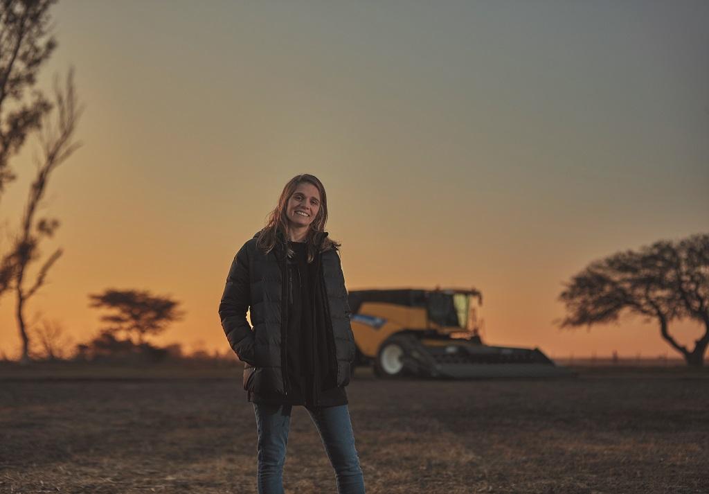 New Holland celebra el papel fundamental de las mujeres en la agricultura en el Día de las Mujeres Rurales - 0