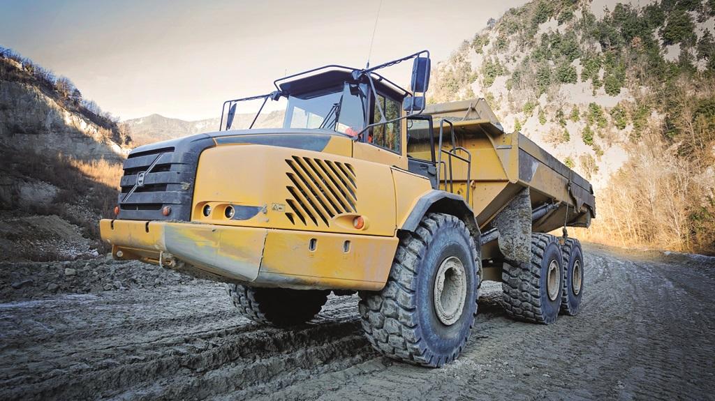 Trelleborg amplía la gama de neumáticos radiales EMR para palas cargadoras y dumpers. - 1
